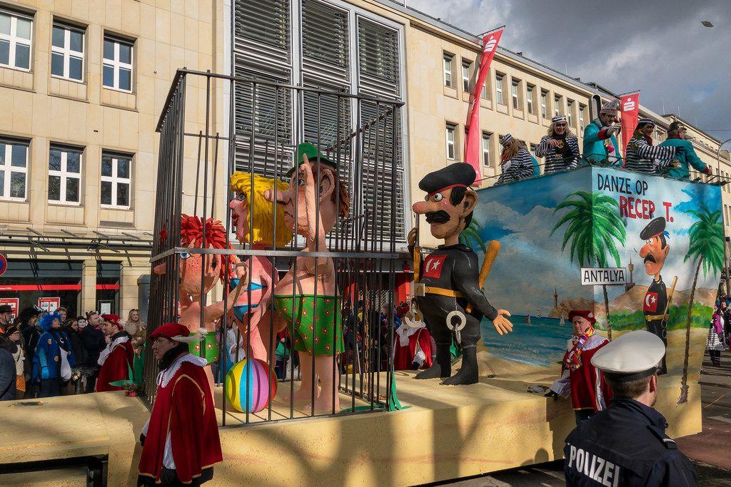 Danze auf Rezep T - Politik Türkeis vor Augen geführt - Kölner Karneval 2018