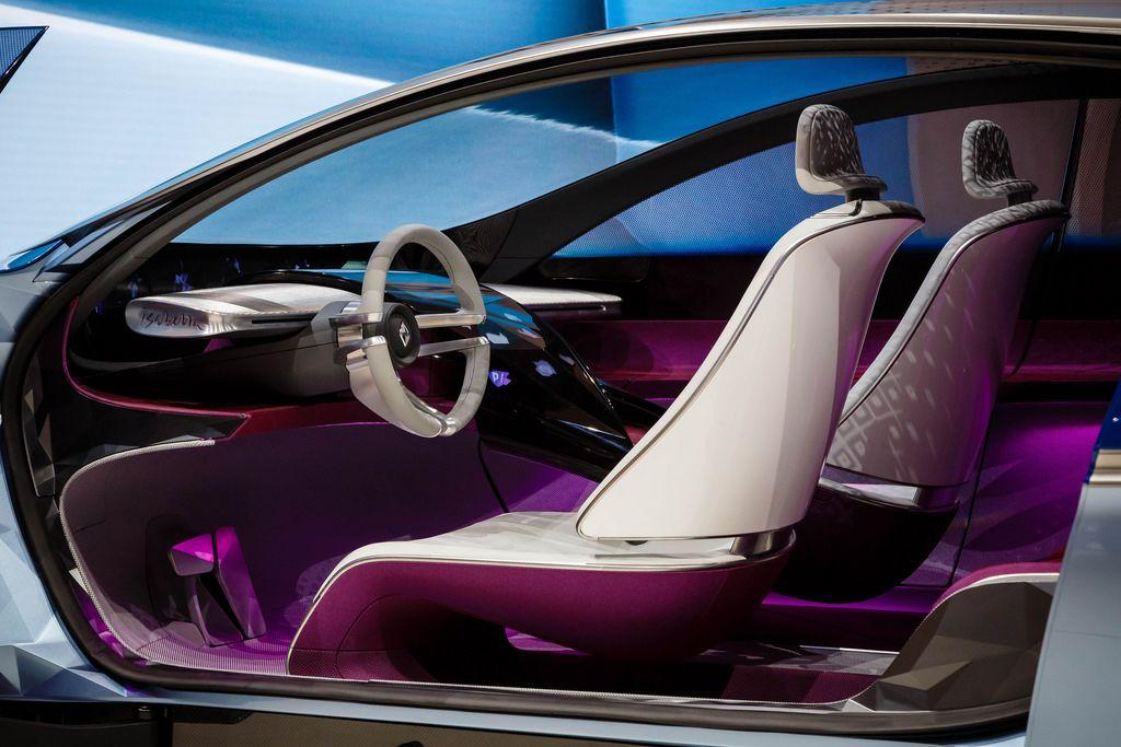 Das Interieur des neuen Borgward Isabella Concept bei der IAA 2017 in Frankfurt am Main