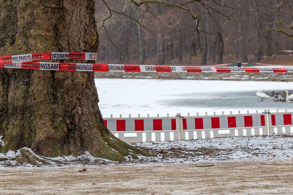 Decksteiner Weiher: Eisfläche gesperrt durch Ordnungsamt