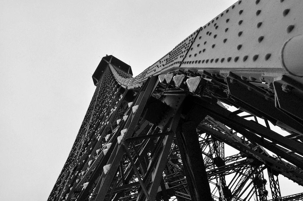 Der Eiffelturm in Schwarzweiß