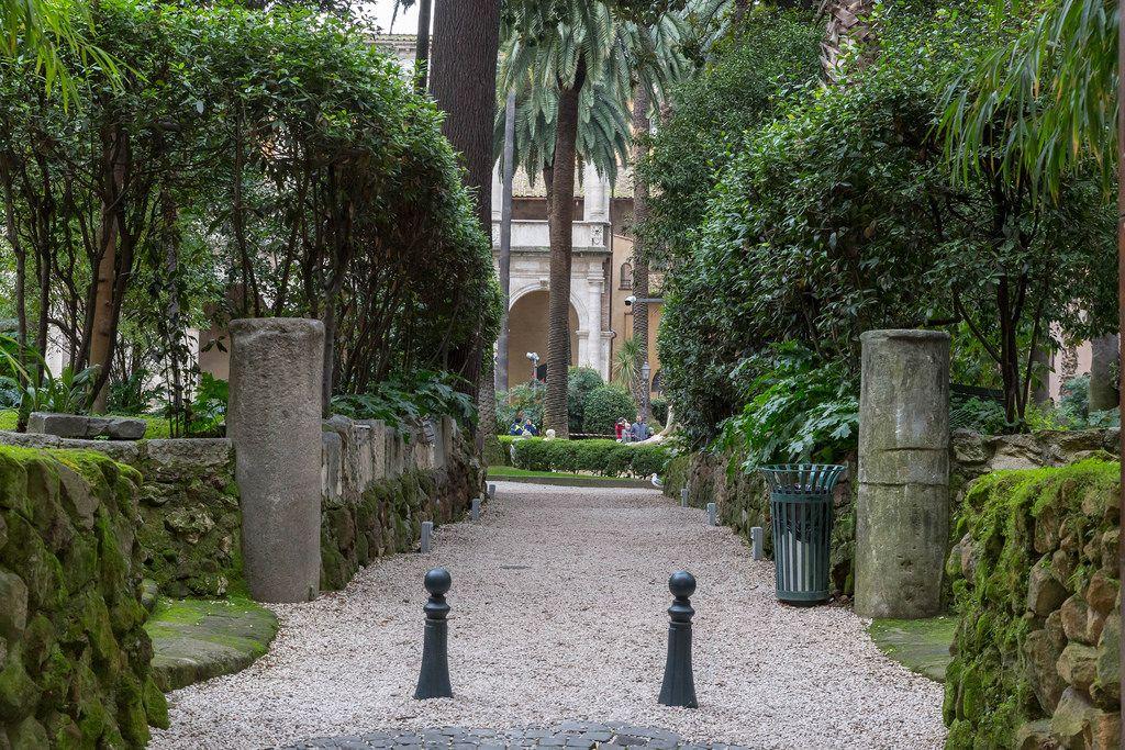 Der Eingang des Giardino di Palazzo Venezia