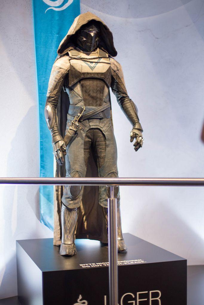 Destiny 2 Cosplay Outfits Jager bei der Gamescom 2017