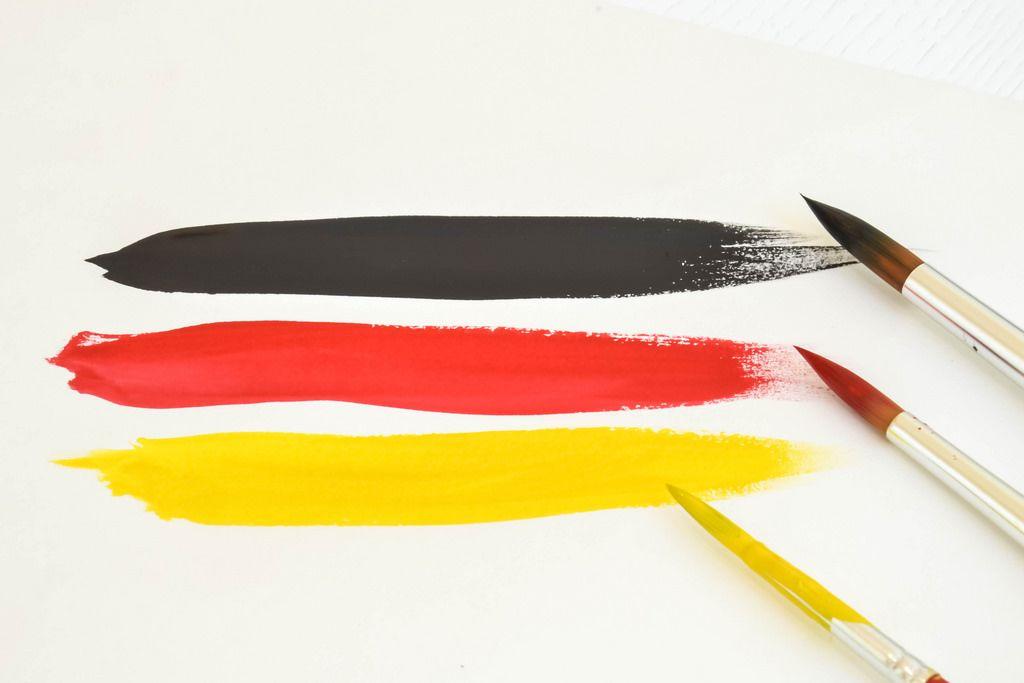 Deutschland-Flagge mit Wasserfarbe gemalt