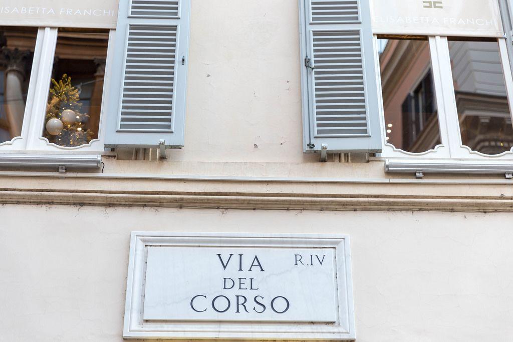 Die berühmte Via del Corso in Rom - zwischen Piazza del Popolo und Piazza Venezia