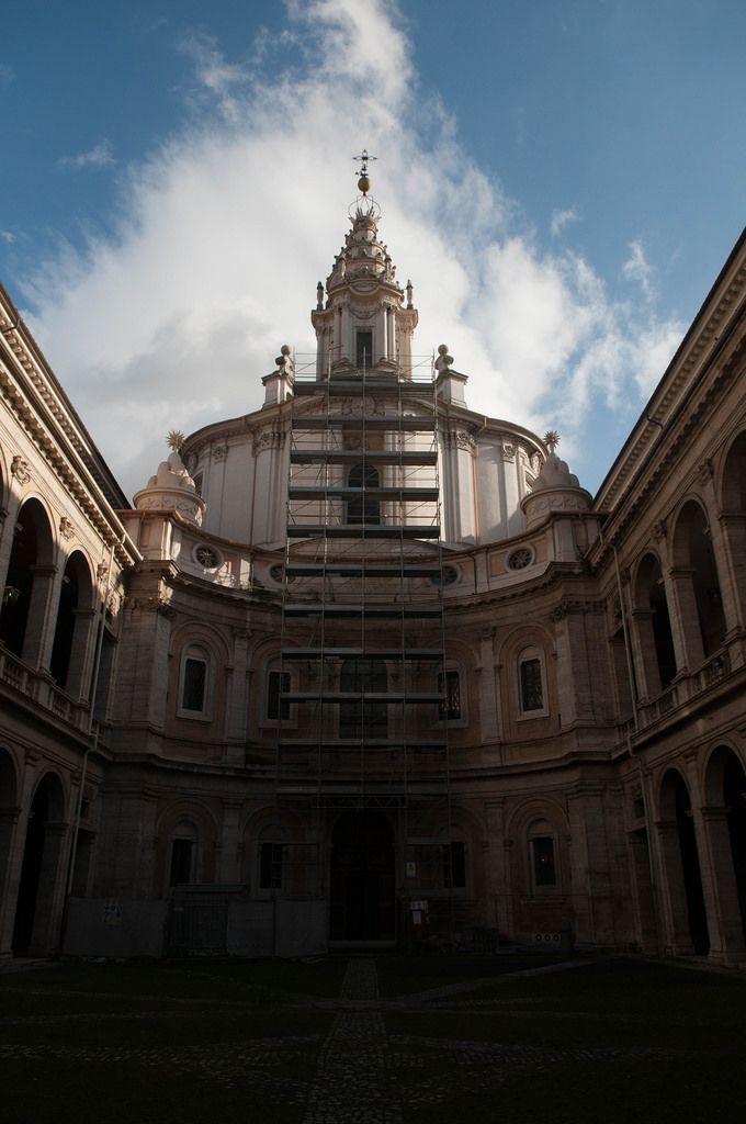 Die Kirche Sant'Ivo alla Sapienza in Rom, Italien