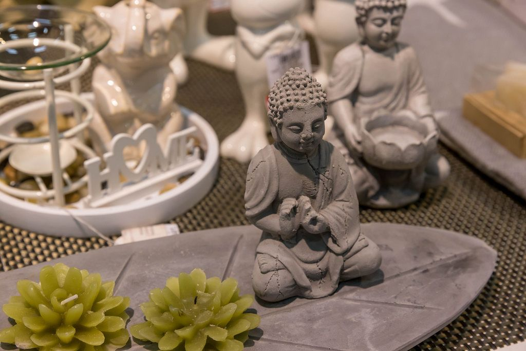 Diverse Buddha-Kerzenhalter - IAW Köln 2018