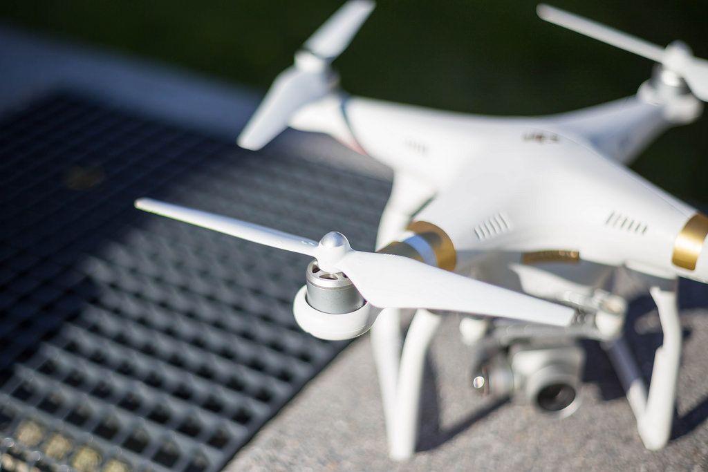 DJI Phantom 3 Professinoal Drone