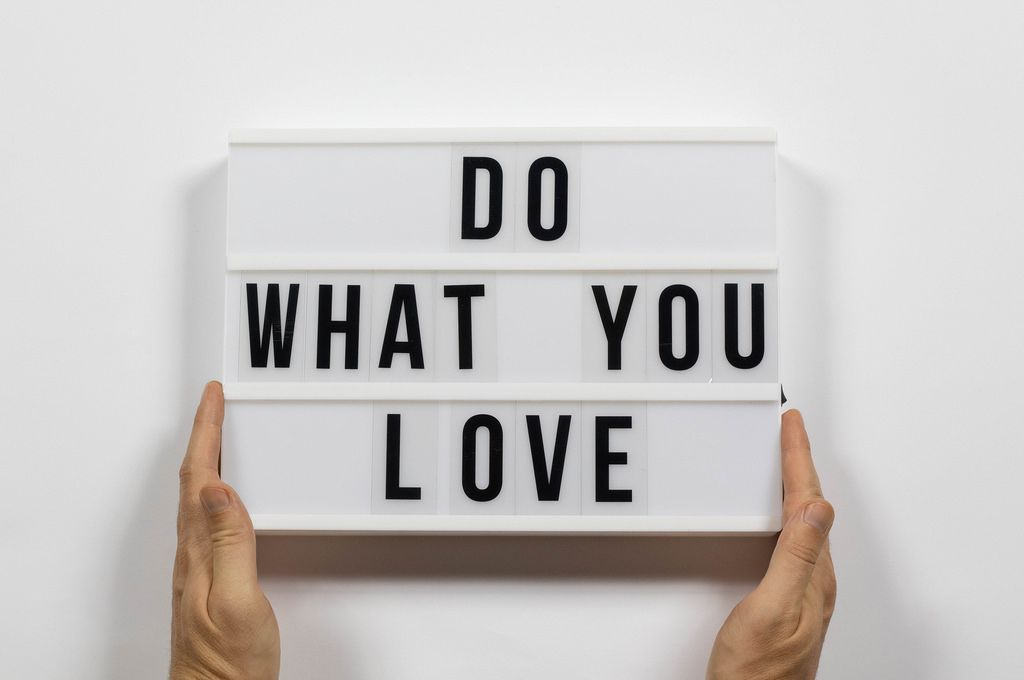 Do what you love text in lightbox