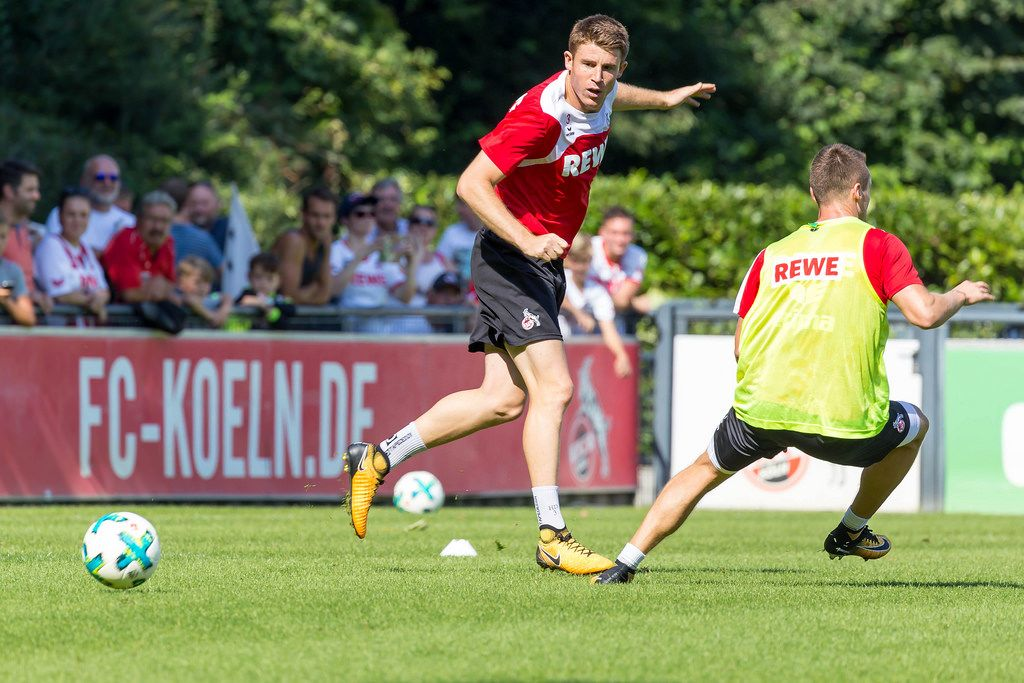 Dominique Heintz beim Training - 1. FC Köln