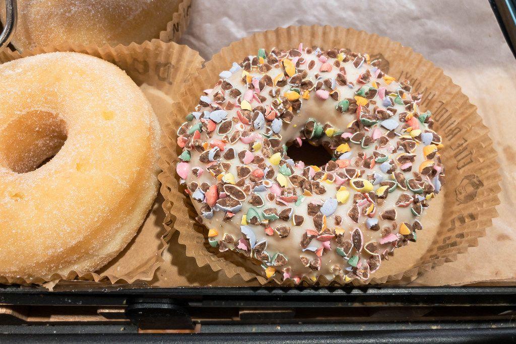Donut pur und mit M&M's