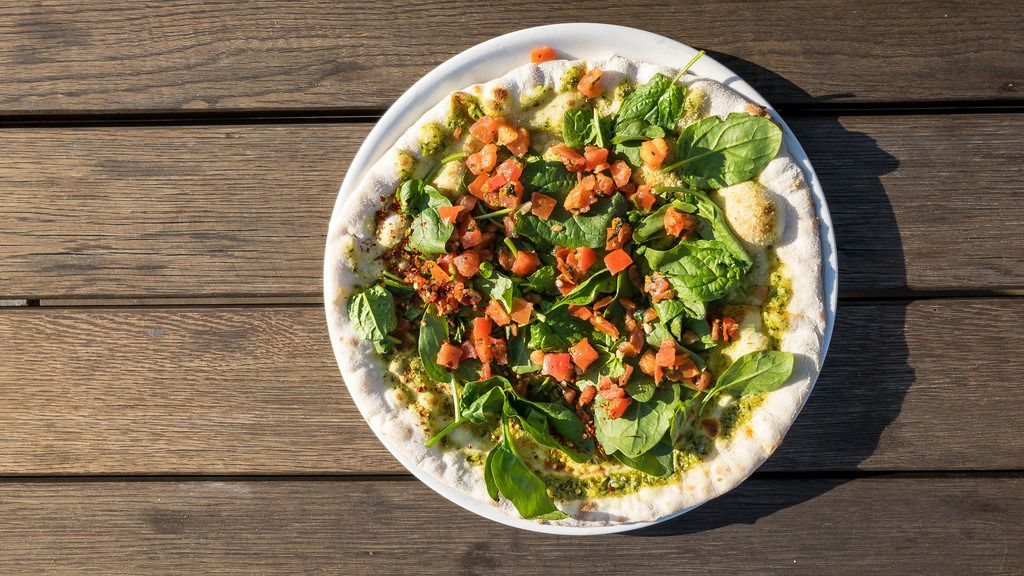 Draufsicht einer Pizza Vegitalia. Vegane Pizza