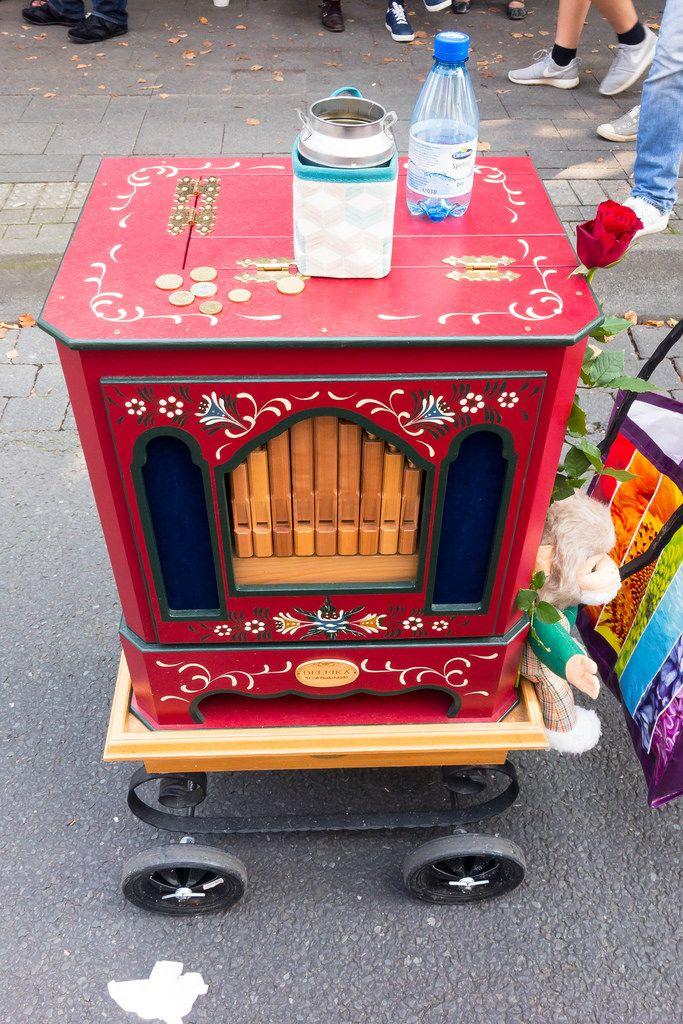 Drehorgel von Deleika - Straßenfest, Köln