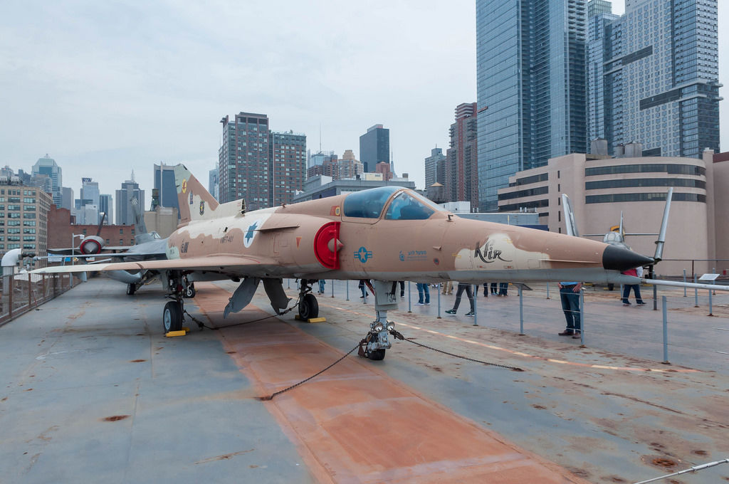 Ehemaliges Kampfjet auf Flugzeugträger