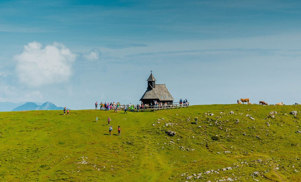 Eine Kirche in Velika Planina (Großalm) in Slowenien
