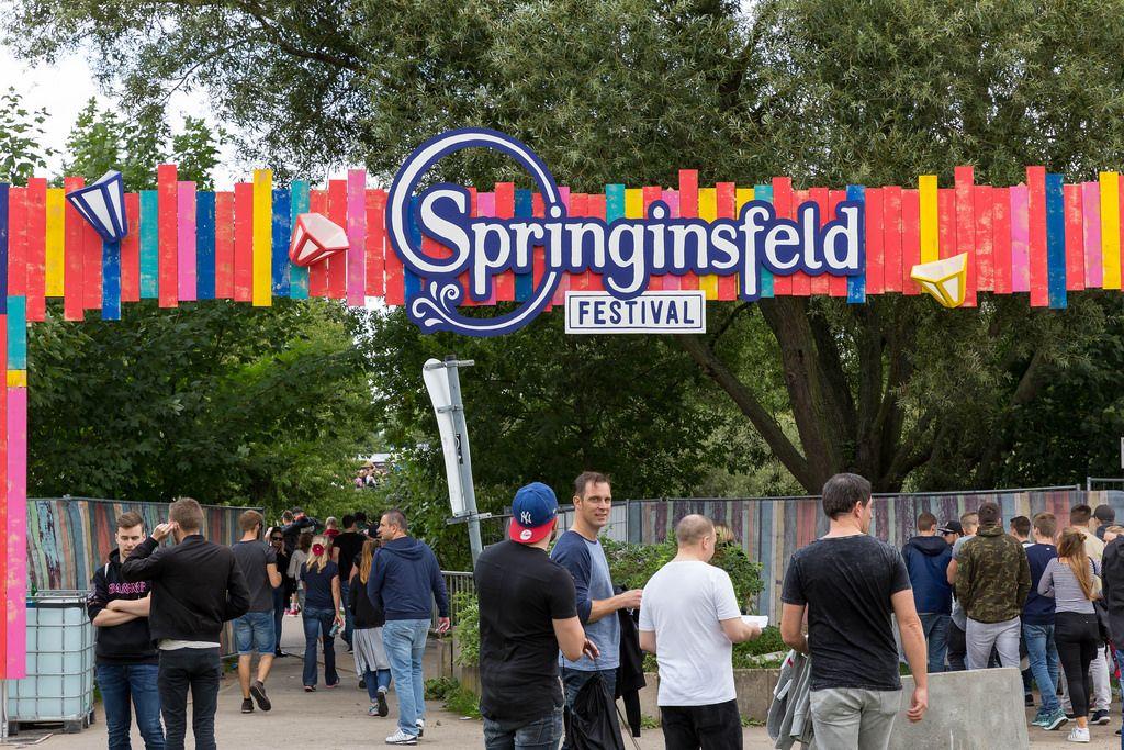 Eingang des Springinsfeld Festivals 2017 am Fühlinger See