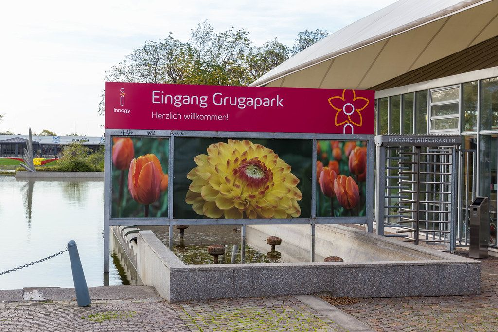 Eingang zum Essener Grugapark