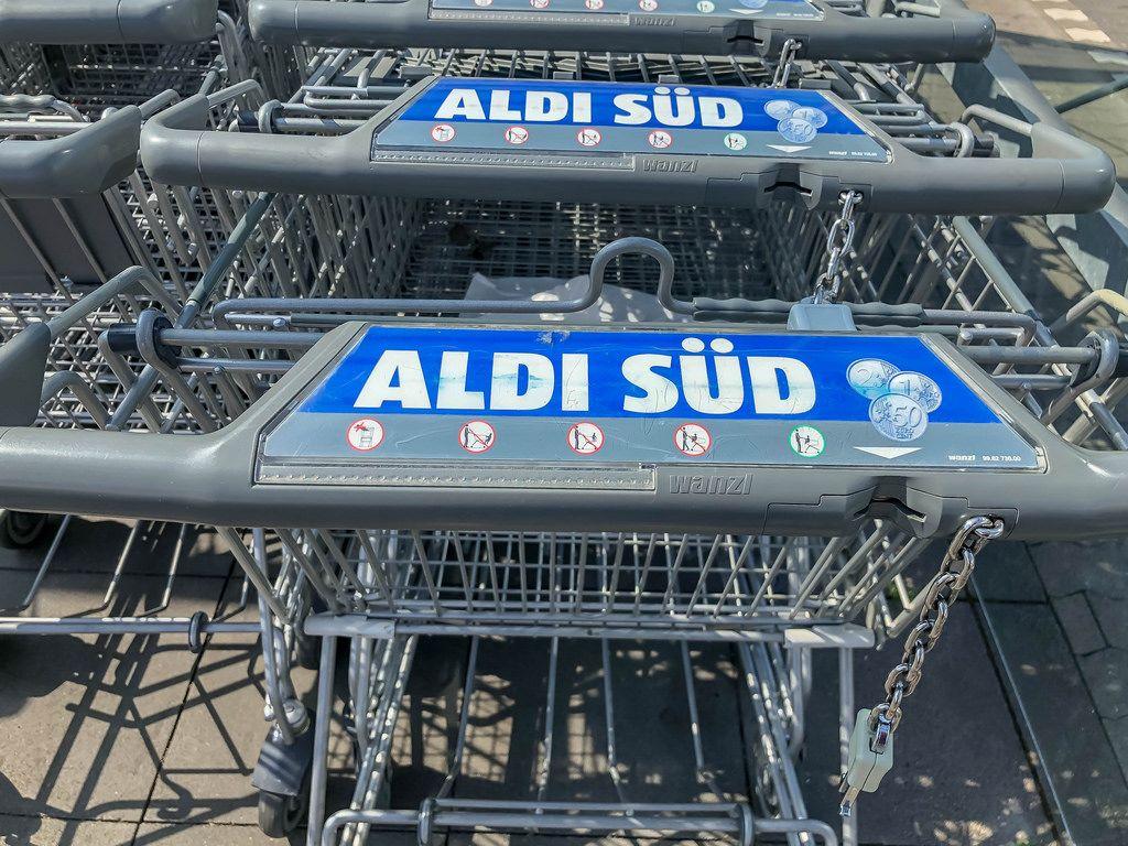 Einkaufswagen bei ALDI