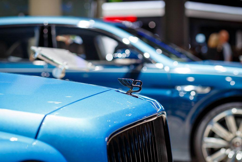 Emblem von dem Bentley - Model Flying Spur