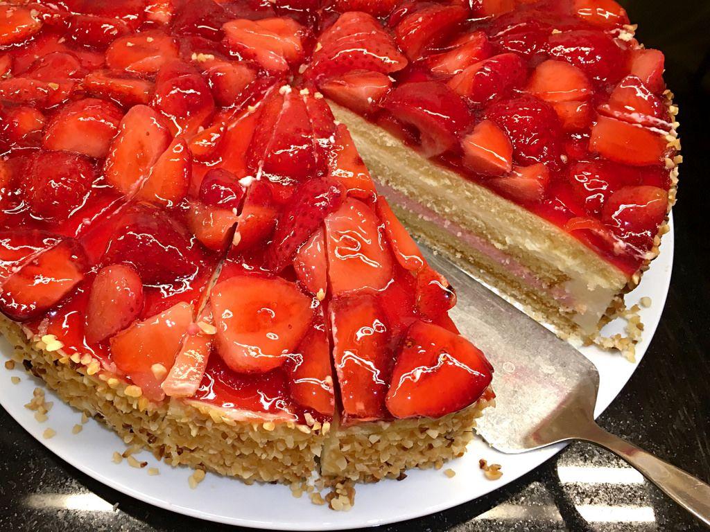 Erdbeertorte / Strawberry Cake