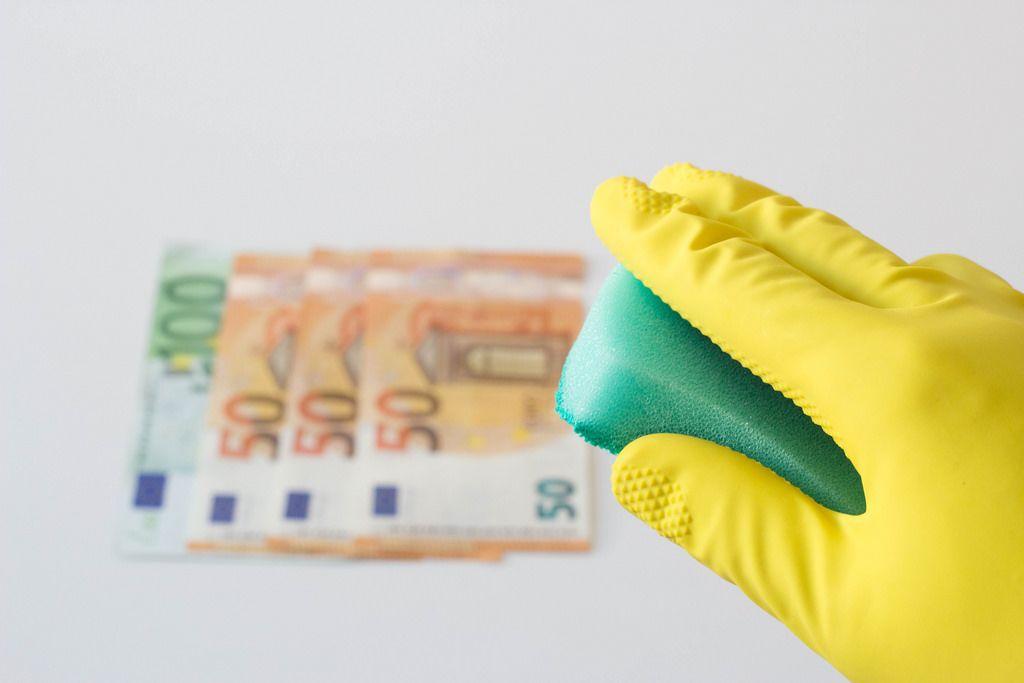 Es wird Zeit schmutziges Geld zu waschen