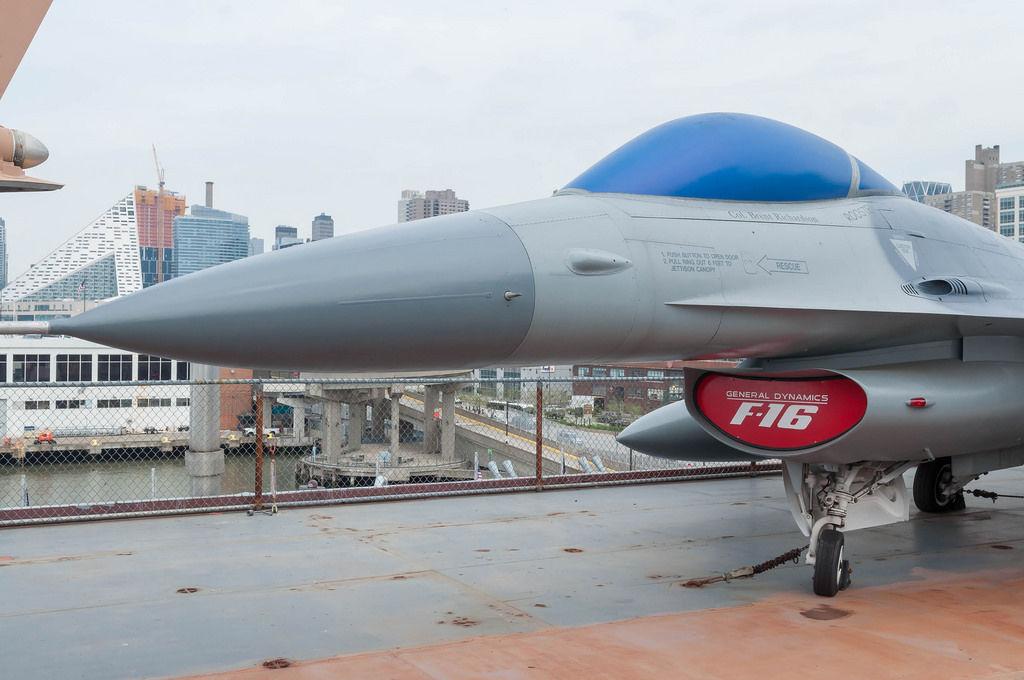 F-16 Jet