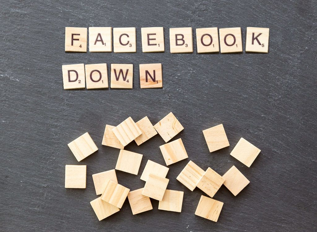 Facebook, Instagram experience outages Saturday