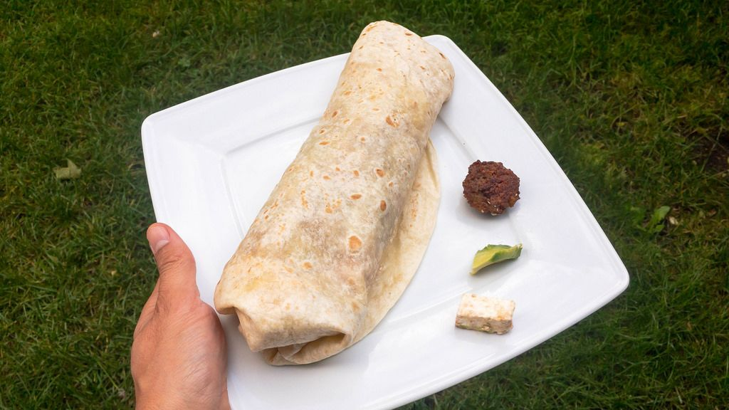 Falafel wrap with avocado and sheep's cheese