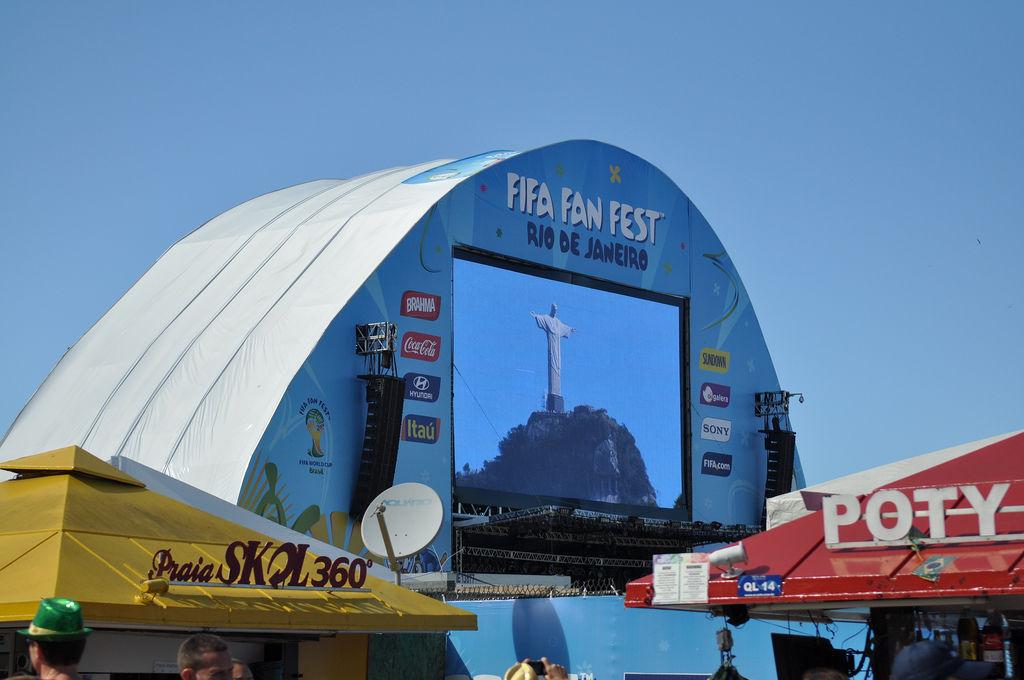 Fifa-Fanfest an der Copacabana (Rio de Janeiro, Brasilien)