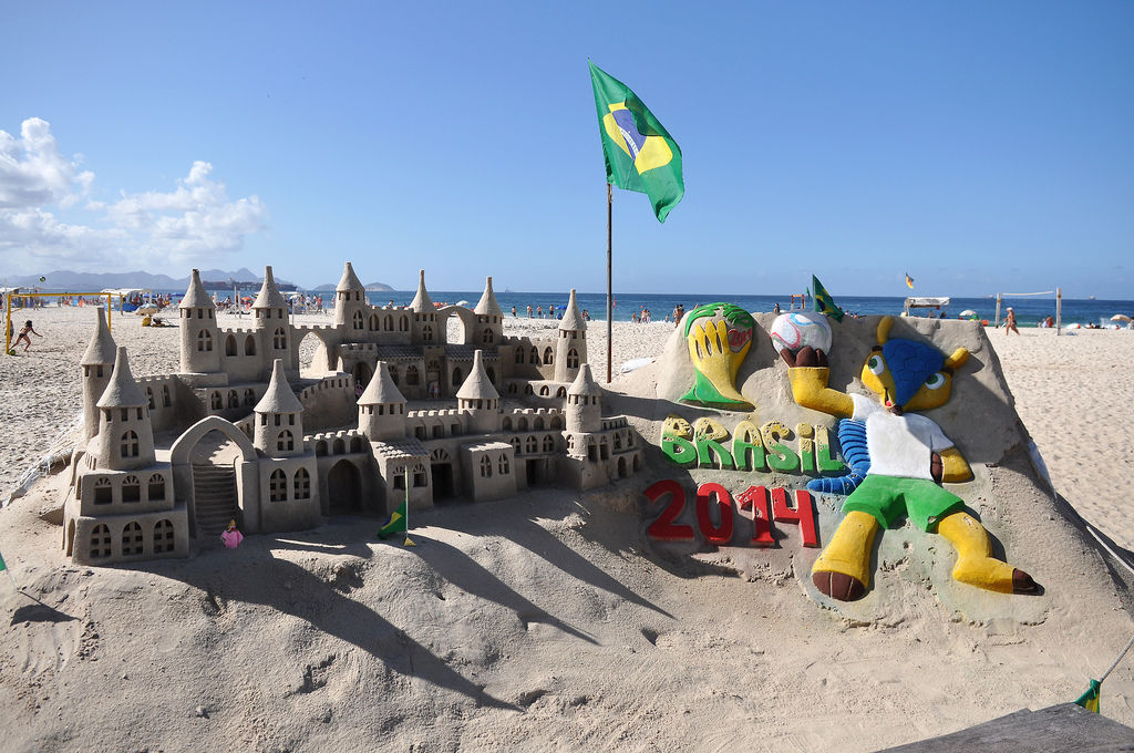 Fifa WM 2014 Sandburg an der Copacabana (Rio de Janeiro, Brasilien)