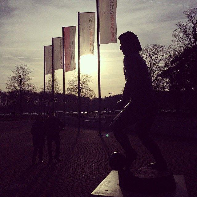 Flohe-Denkmal #koellelive #effzeh #thisiscologne