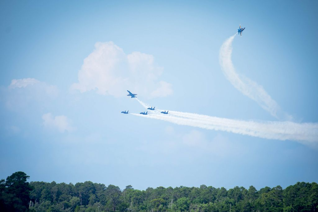 Flugshow der U.S. Navy Blue Angels