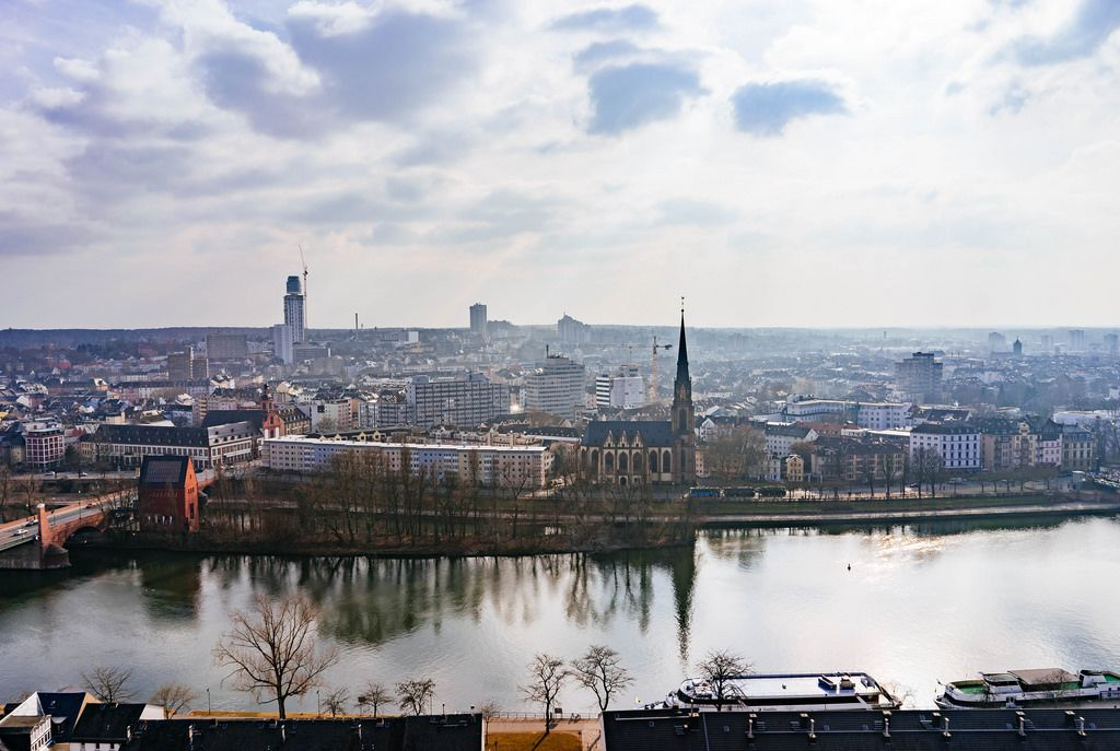 Frankfurt Reflection / Stadtreflexion