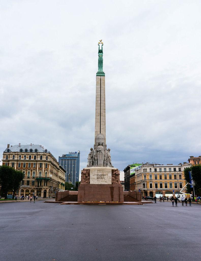 Freedom Monument / Freiheitsdenkmal
