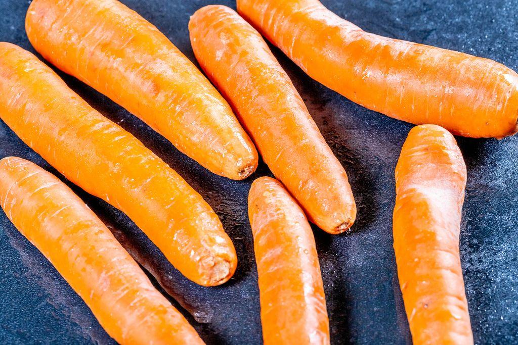Fresh orange carrot (Flip 2019) (Flip 2019) Flip 2019