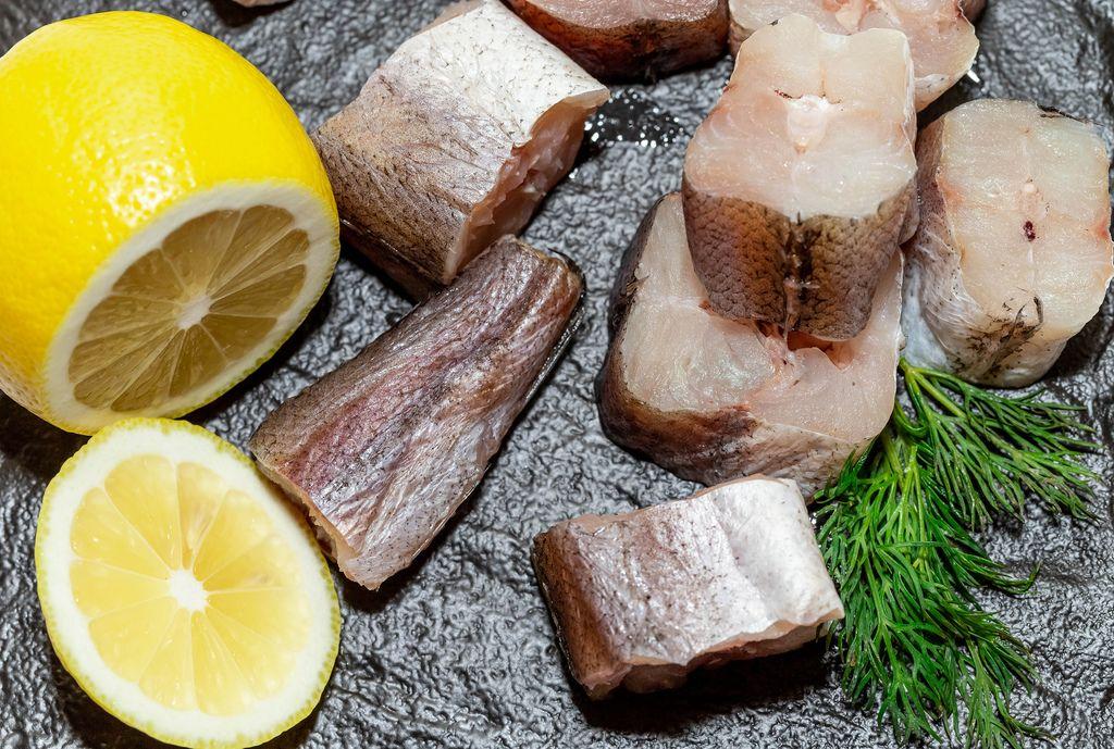 Fresh sea fish with lemon slices and dill (Flip 2019) (Flip 2019) Flip 2019