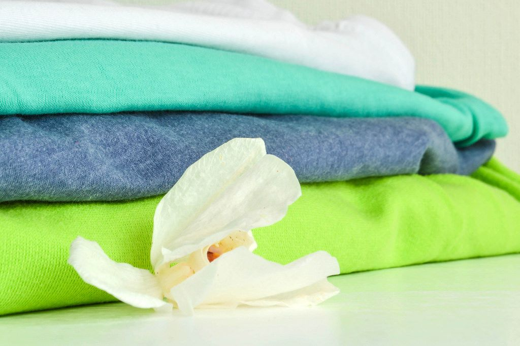 Frisch gewaschene Kleidung