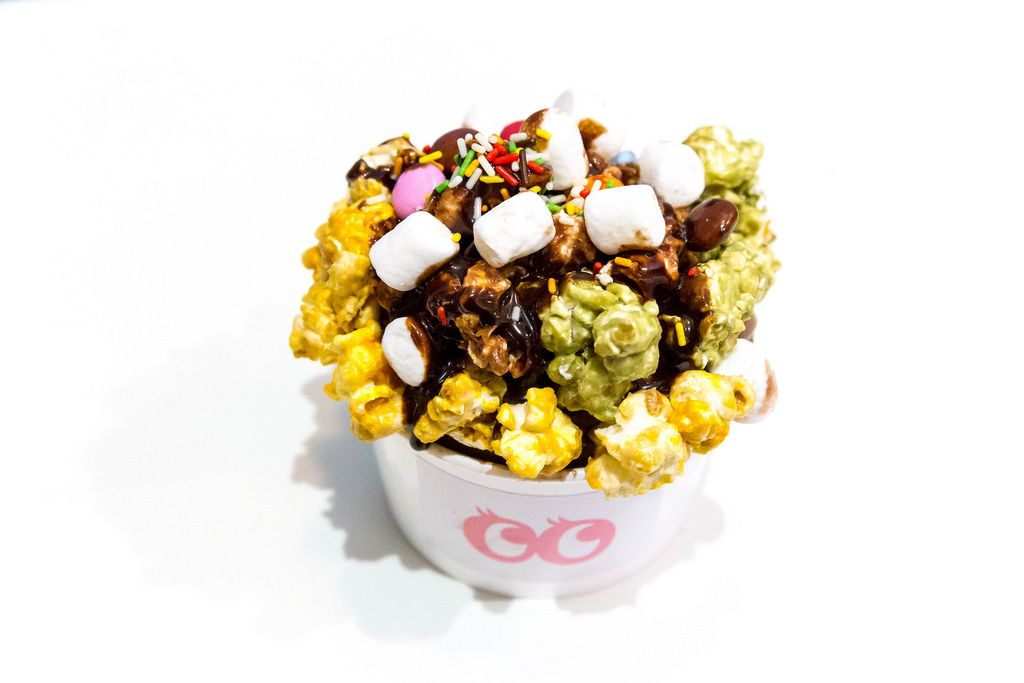 Frozen Popcorn with Ice Cream and Marshmallows