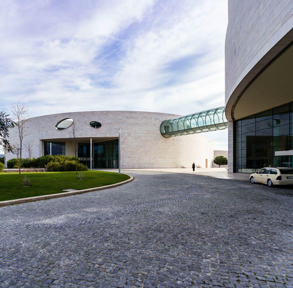 Futuristisches Gebäude der Champalimaud Foundation in Lissabon, Portugal