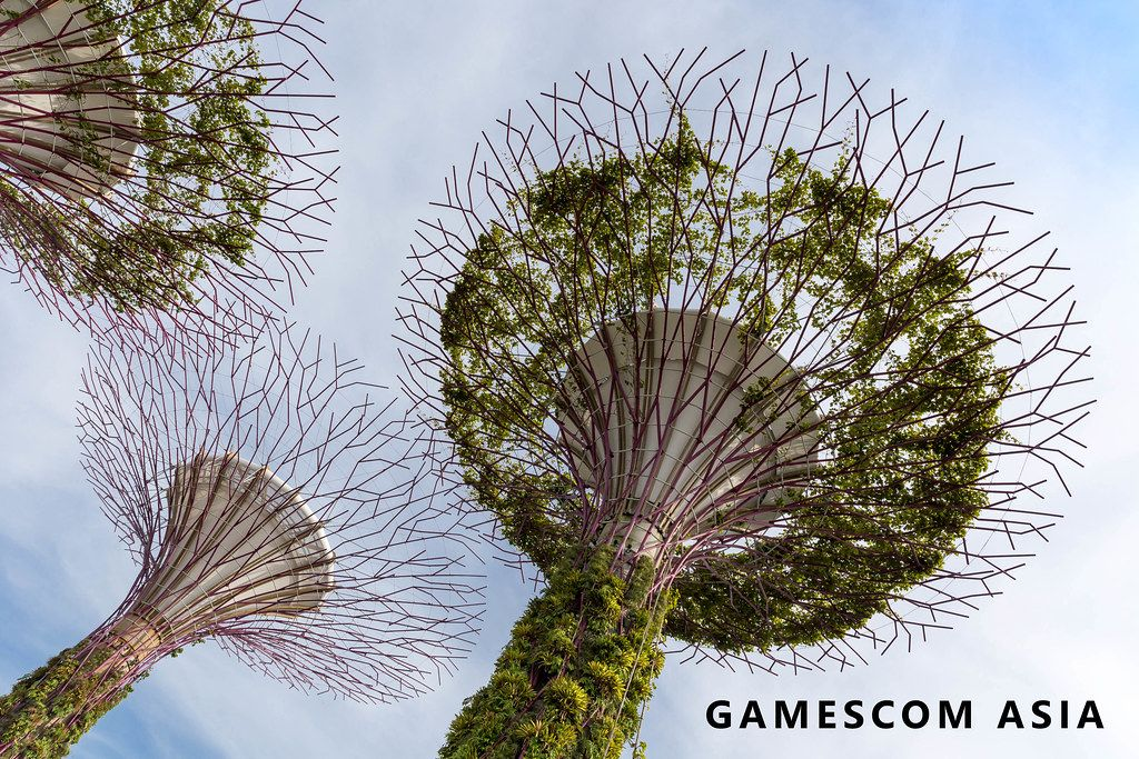 Gamescom asia in in Singapur (Singapore) Gamescom Asia (Künstliche Bäume Supertree Grove in Singapur)