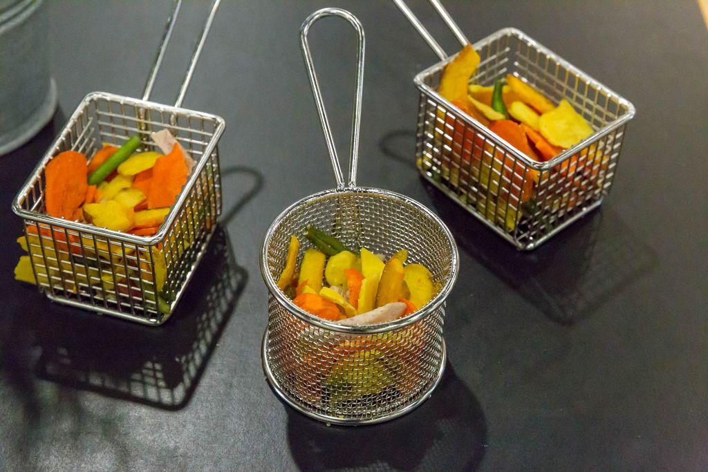Gemüse in Friteusenkörben