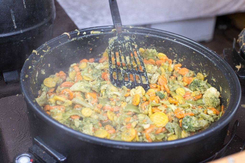 Gemüsepfanne: Karotten, Brechbohnen, Brokkoli