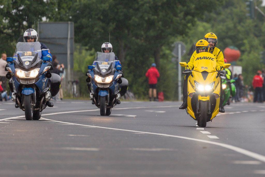 Gendarmerie- und MAVIC-Motorräder
