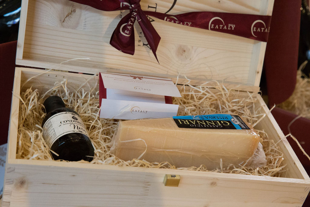 Geschenkset Eataly mit Käse und Balsamico