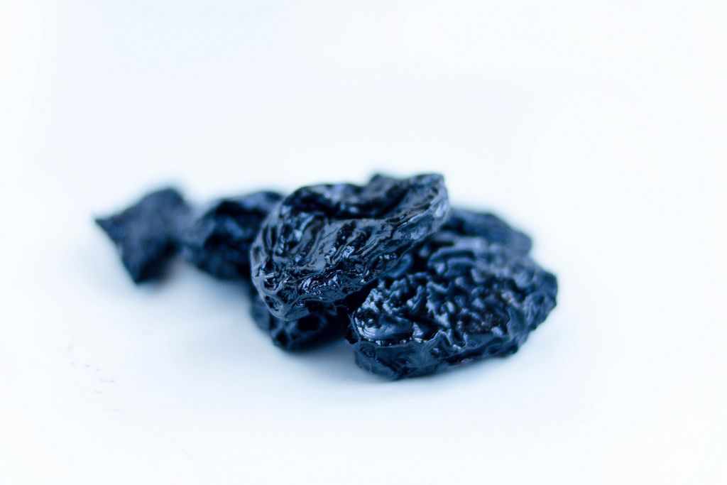 Getrocknete Pflaumen / Dried Plums In Close Up