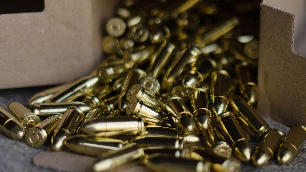 Goldene 9 mm Patronen