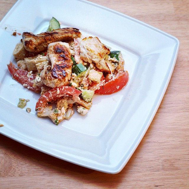 Griechischer Salat von @hellofreshde war lecker. #instafood #hellofreshgewinnspiel #healthy #instafood #instadaily #yummy #picoftheday #food #foodfestival #foodphotography #tasty
