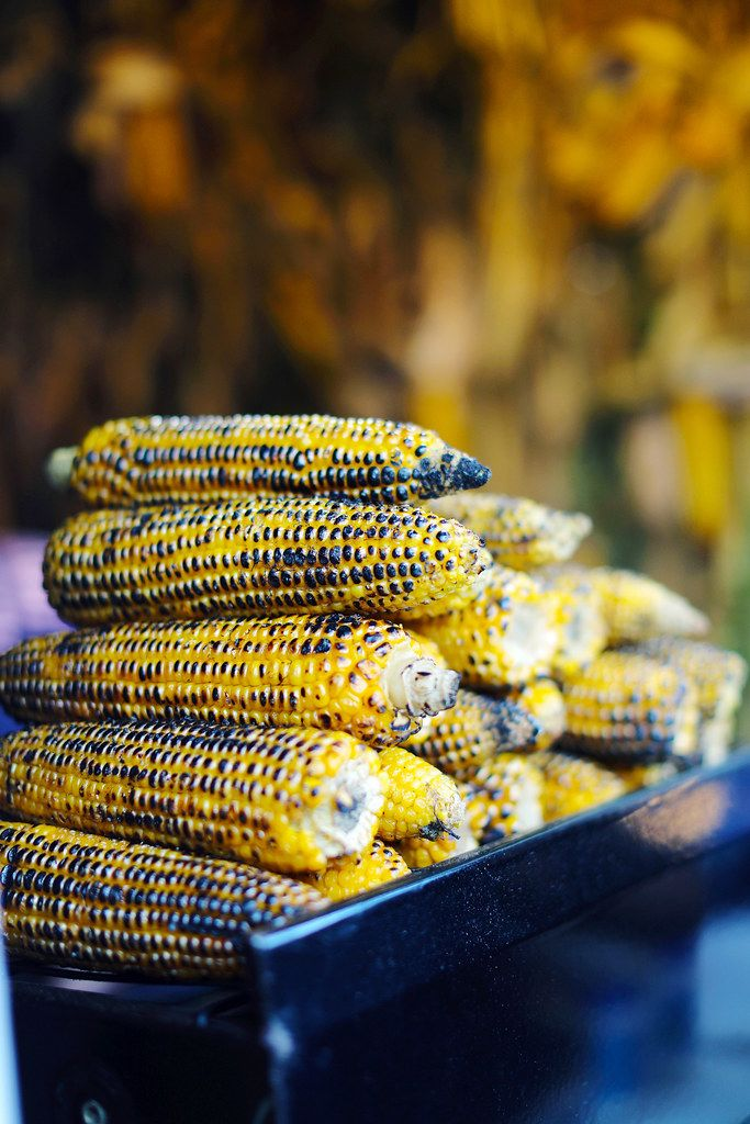 Grilled corns, street food fair (Flip 2019)