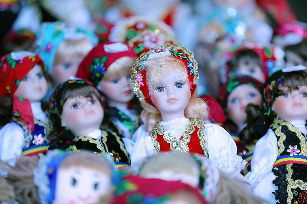 Handmade Romanian dolls, traditional costumes, close-up view (Flip 2019)