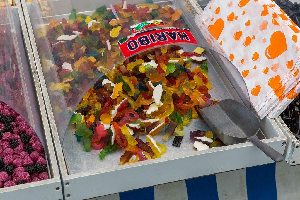 Haribo  Fruchtgummi zum Selbst Einpacken in der Nahaaufnahme