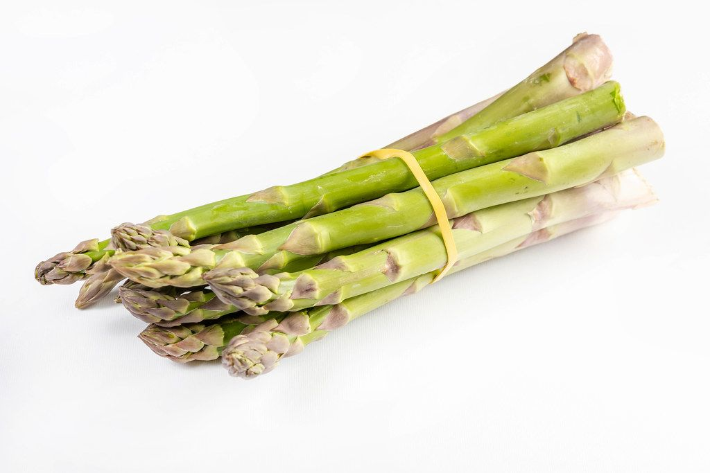Healthy and Fresh Green Asparagus